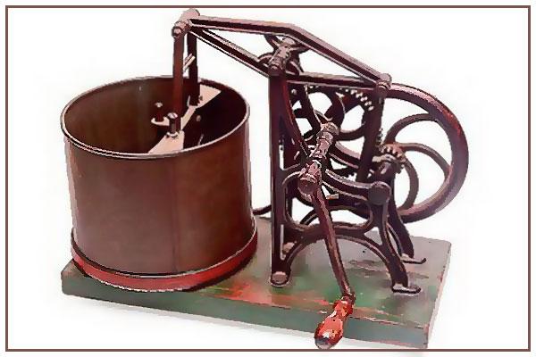 Один из первых кухонных комбайнов