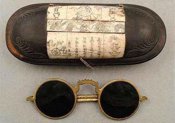 Солнцезащитные очки, Китай